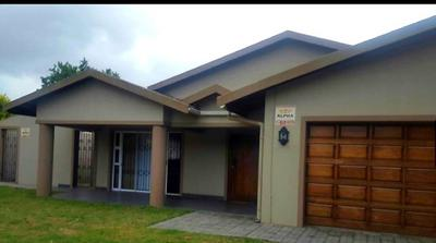 Property For Rent in Richards Bay Central, Richards Bay
